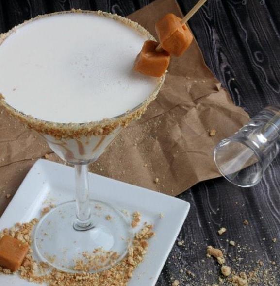 Caramel Cheesecake Martini photo