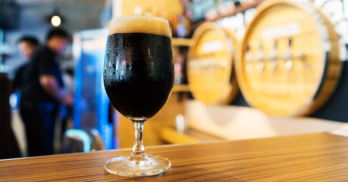 best stout porter winter social 3 Types of Beer to Enjoy This Summer