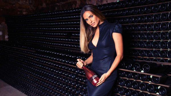 French count sues Champagne brand over hiring former porn star to promote it photo