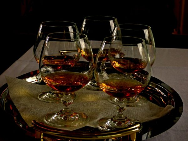 Why you should be drinking Cognac in 2018 photo