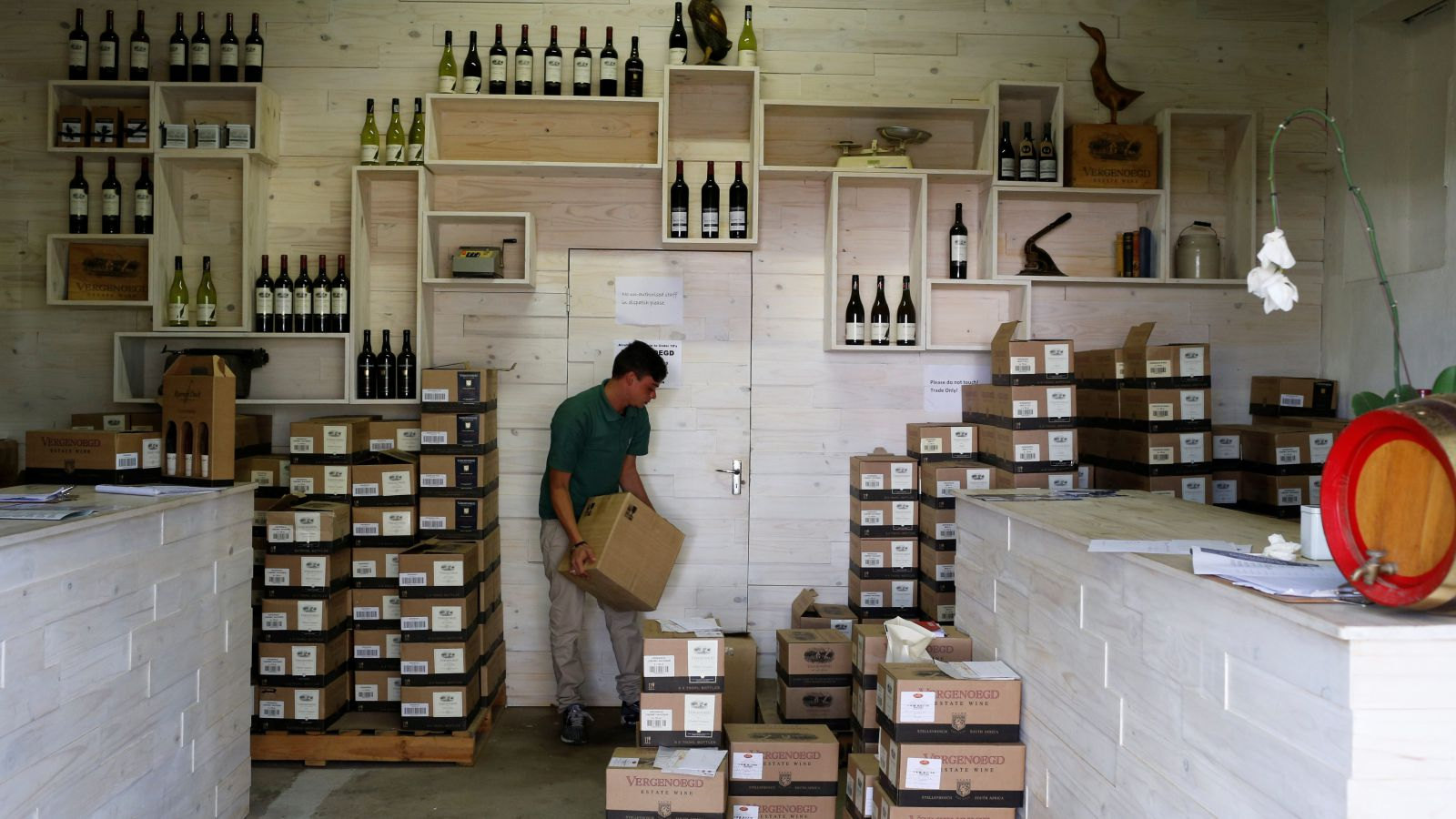 Cape Town's Water Shortage Crisis Is Threatening South Africa's Wine Harvest photo
