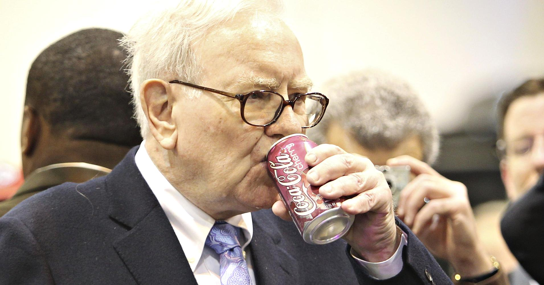 Cramer: Warren Buffett Likes Coca-cola For Good Reason, But Pepsico Also Worth A Look photo