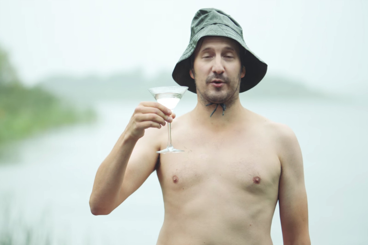 Absolut 'employees' Strip Down In Racy New Ad photo
