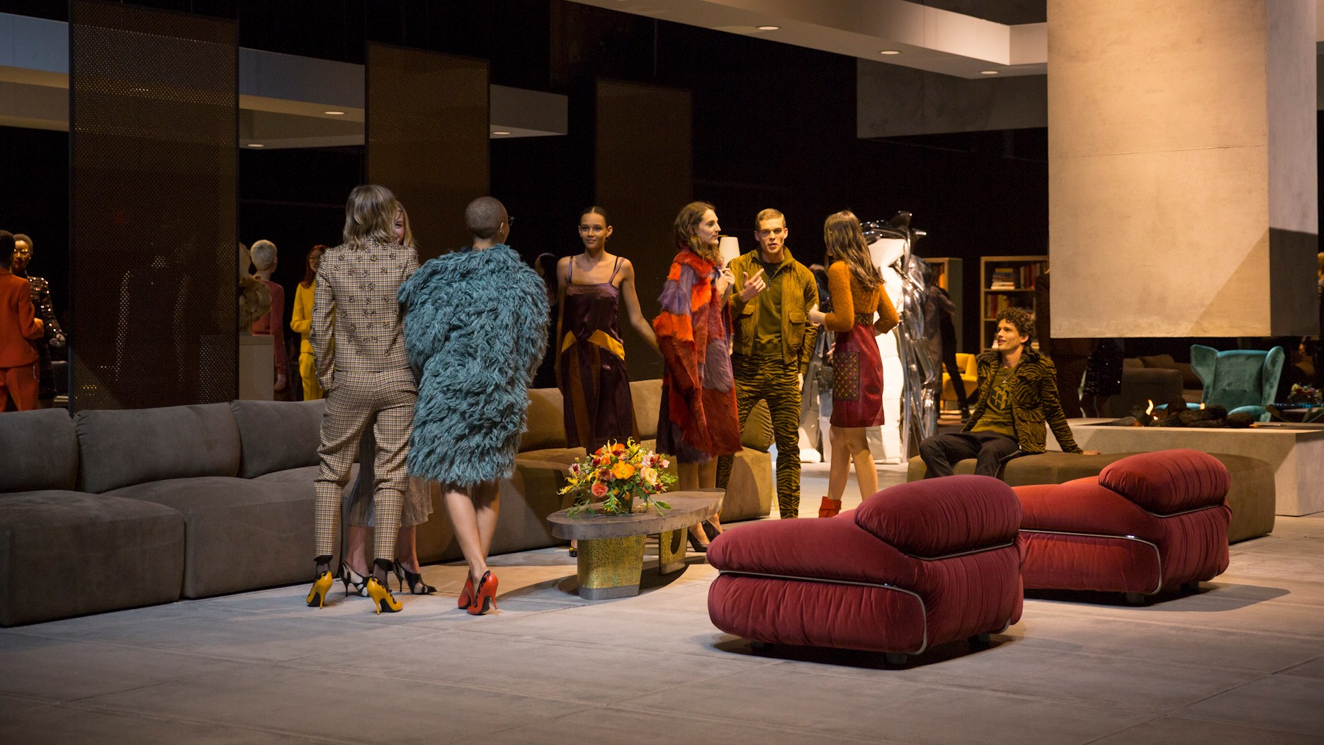 Bottega Veneta Bets That You Still Want To Shop In A Store photo