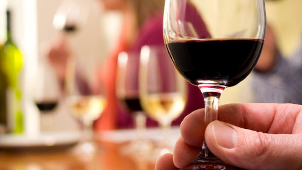 Cheers! B.c. Wine Industry Celebrates End Of Alberta Ban photo