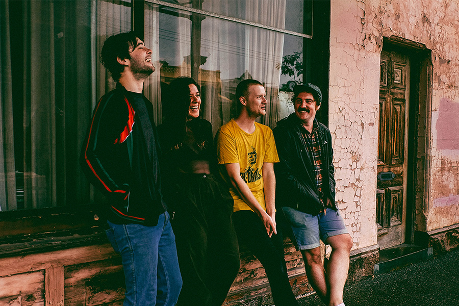 Premiere: The New Clip From Loobs Is A Slacker Rock Paradise photo