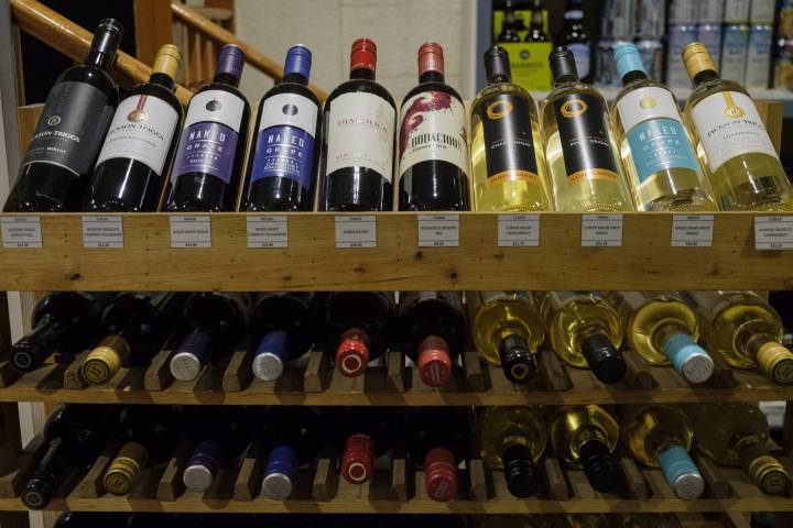 How B.c.'s Wine Industry Is Keeping Up With Changing Tastes photo