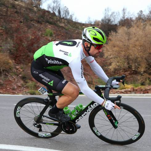 Eisel Fractures Wrist In Tirreno-adriatico Crash photo