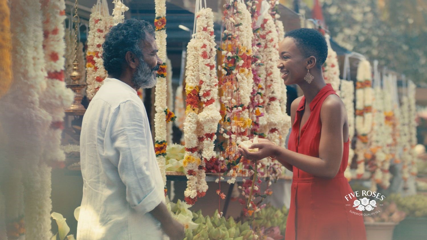 Five Roses Goes On A Journey To Sri Lanka With M&c Saatchi Abel photo
