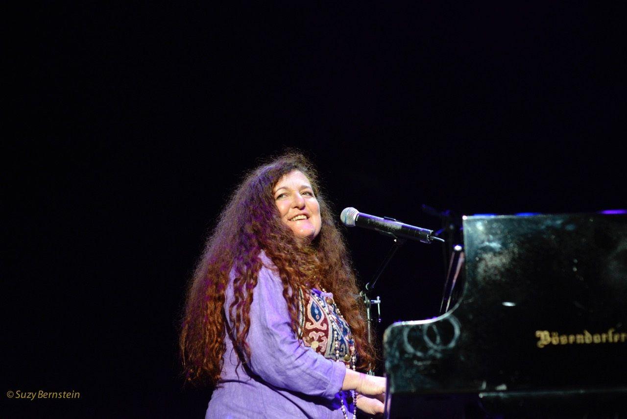 #musicexhange: Jennifer Ferguson photo