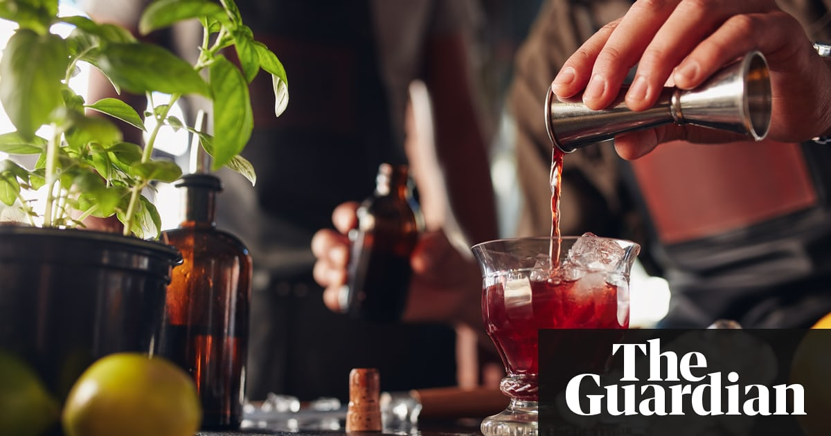 Losing The Booze: Five Ways To Drink Less Without Missing Out photo