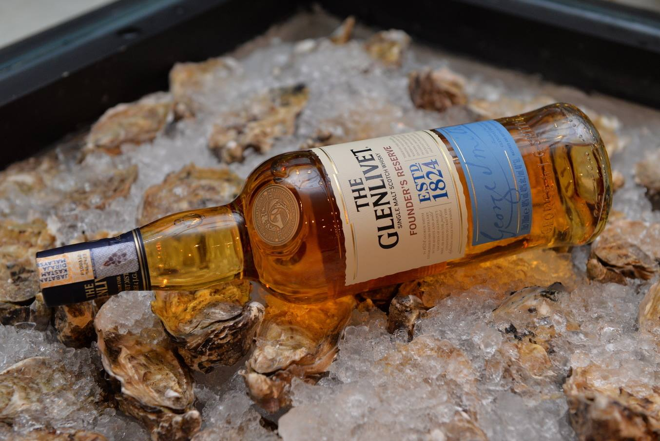 Pairing Glenlivet Whisky With Oysters And Roast Pork photo