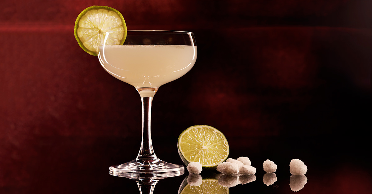 How To Make A Classic Daiquiri With Three Simple Ingredients photo