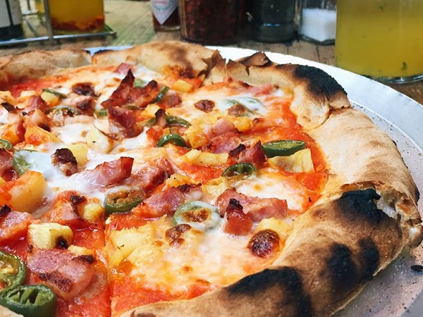 5 Great Pineapple Pizzas In Cape Town photo