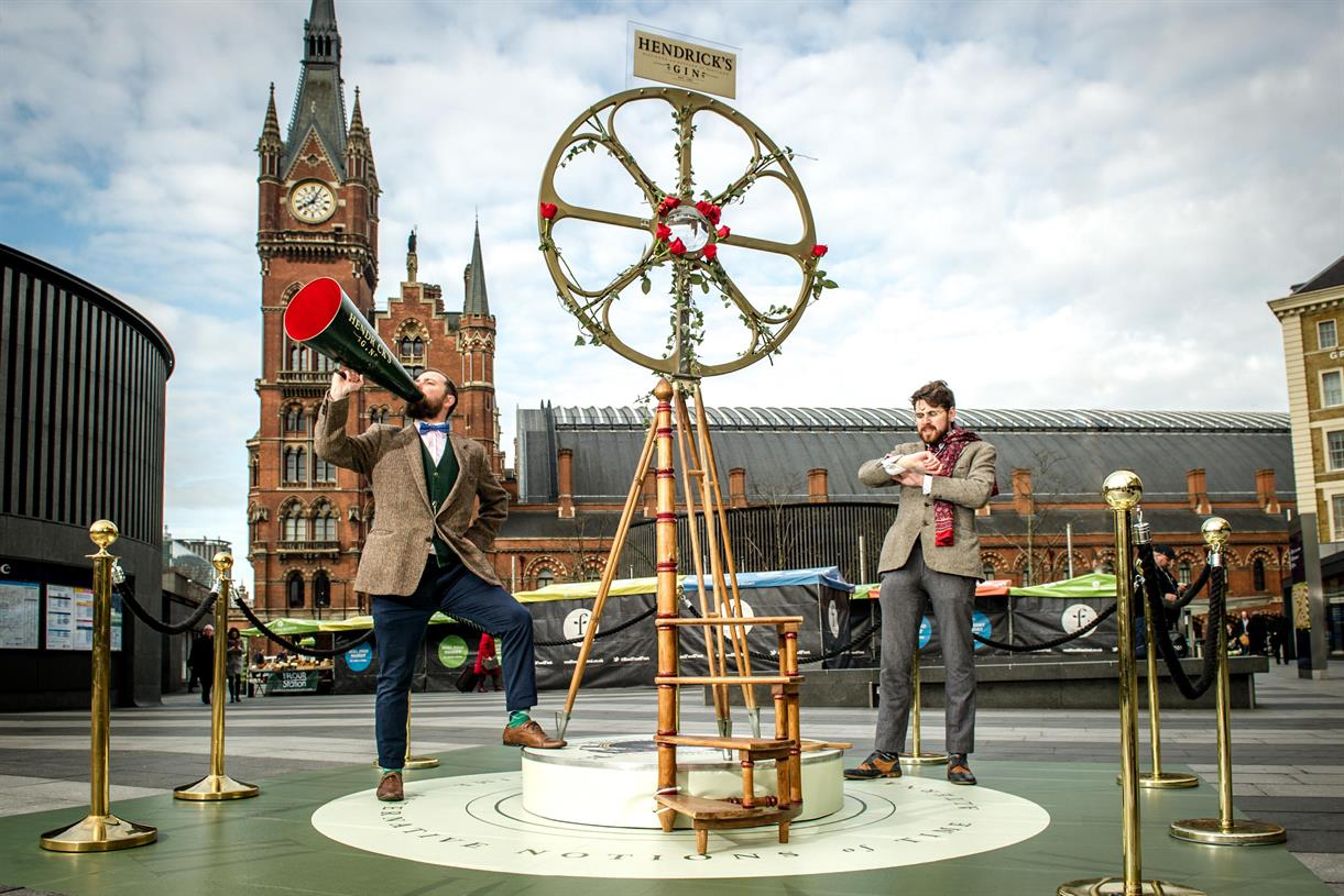 Hendrick's Builds 12ft Contraption For 'alternative' Take On British Summer Time photo