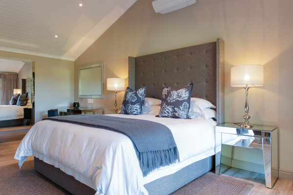 Wine, Dine and Stay Winter Warmer Special at Jordan photo
