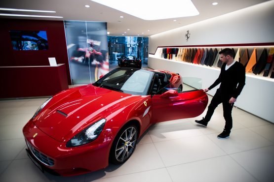 The Advisor Who Sold His Ferrari photo