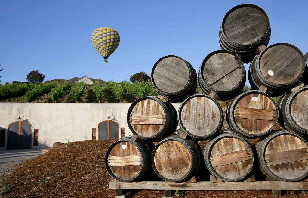 Off Topic: Defining Islands, Napa Valley?s Lifestyle Vintners, Photo On Pizza Box, Oldest Message In A Bottle photo