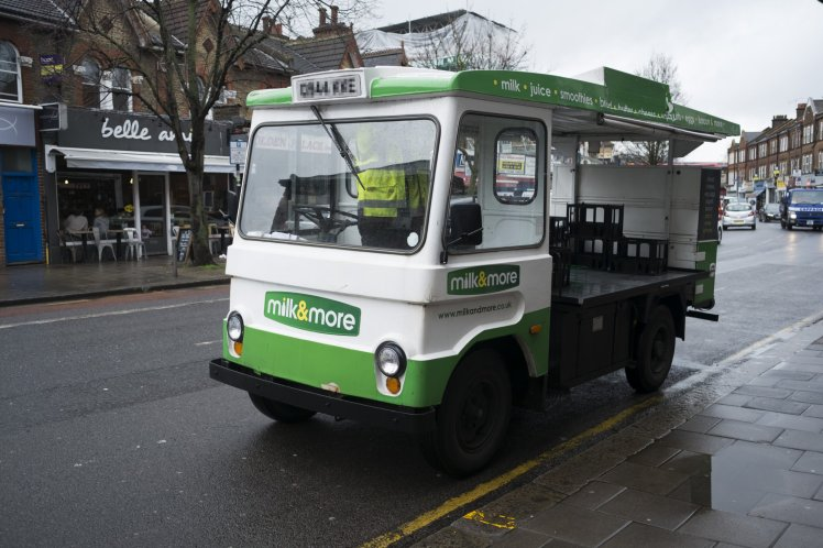 Millennials Are Calling For The Return Of Milkmen So They Can Go Plastic Free photo