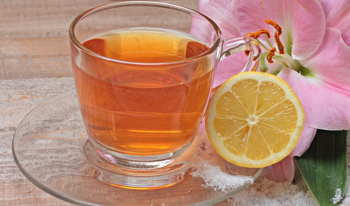 Drinking Trendy Fruit Teas Can Ruin Your Teeth photo