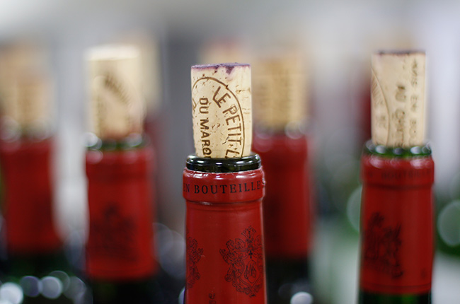 What To Do If Your Wine Cork Breaks Or Crumbles photo