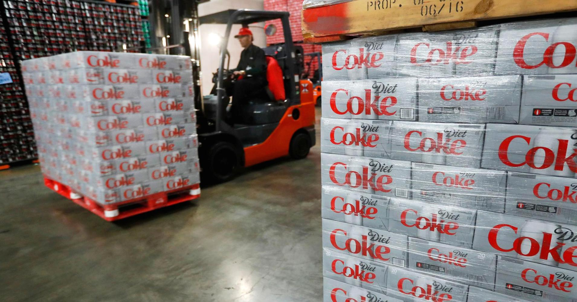 Goldman Sachs Upgrades Coca-cola, Downgrades Pepsi photo