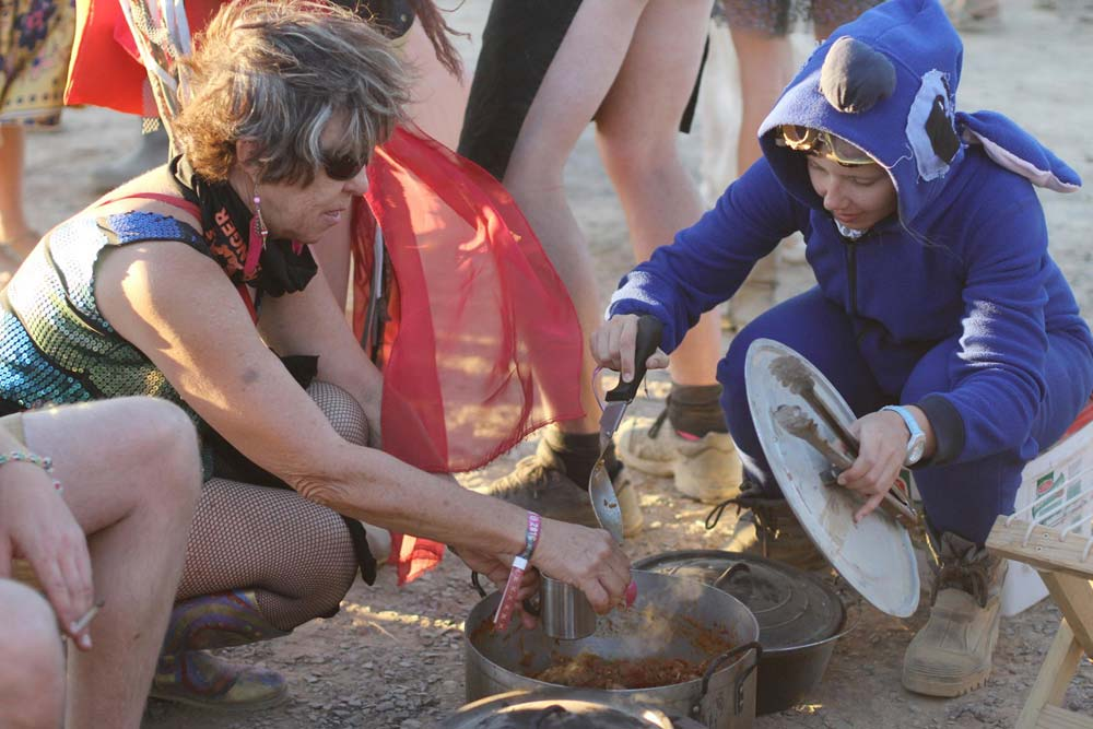 Afrikaburn: A Guide To Planning Your Meals & Eating Cleverly photo
