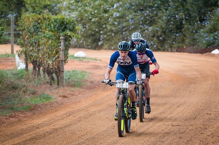 Heyns, Du Toit Draw First Blood At Winelands Encounter photo
