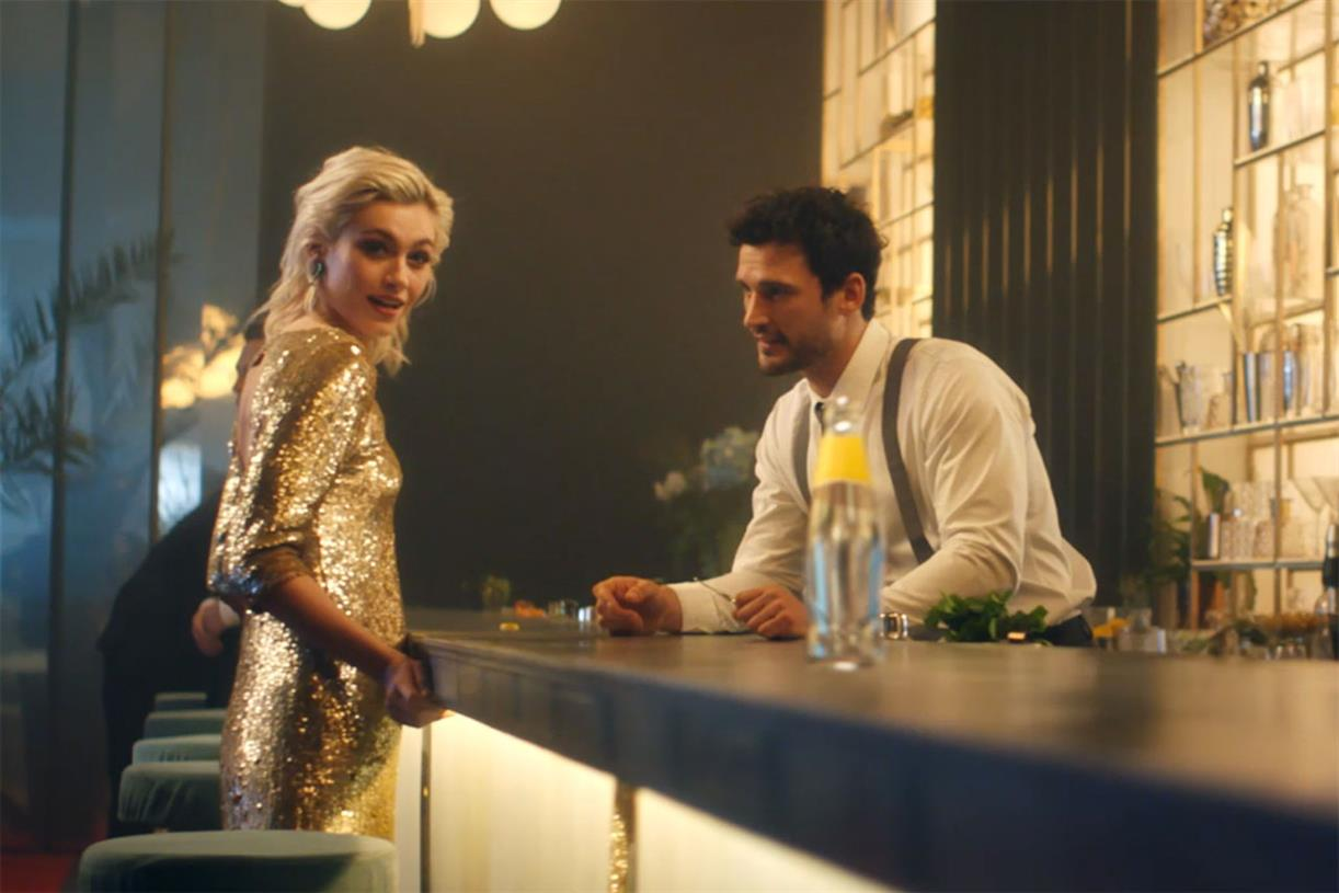 "Schweppes ""what Do You Expect?"" By Betc Paris photo"