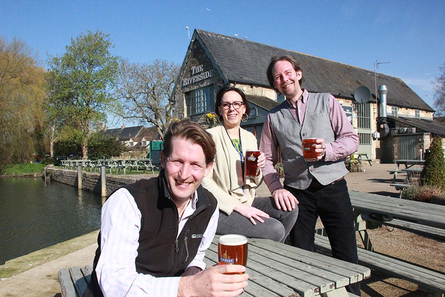 New Team At Riverside Inn, Lechlade ? Beer Today photo