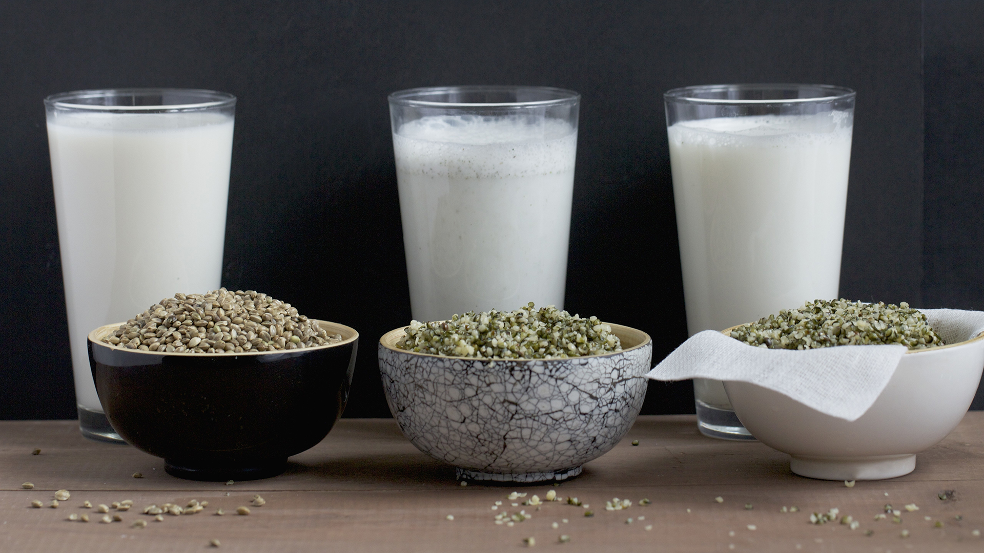 Almond, Soy, Rice And Flax: Decoding Dairy And Vegan Milks photo