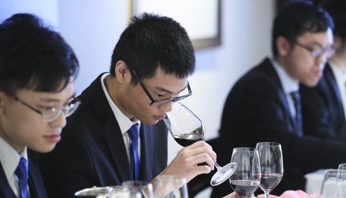 Hong Kong University's Wine Club Heads To Bordeaux photo