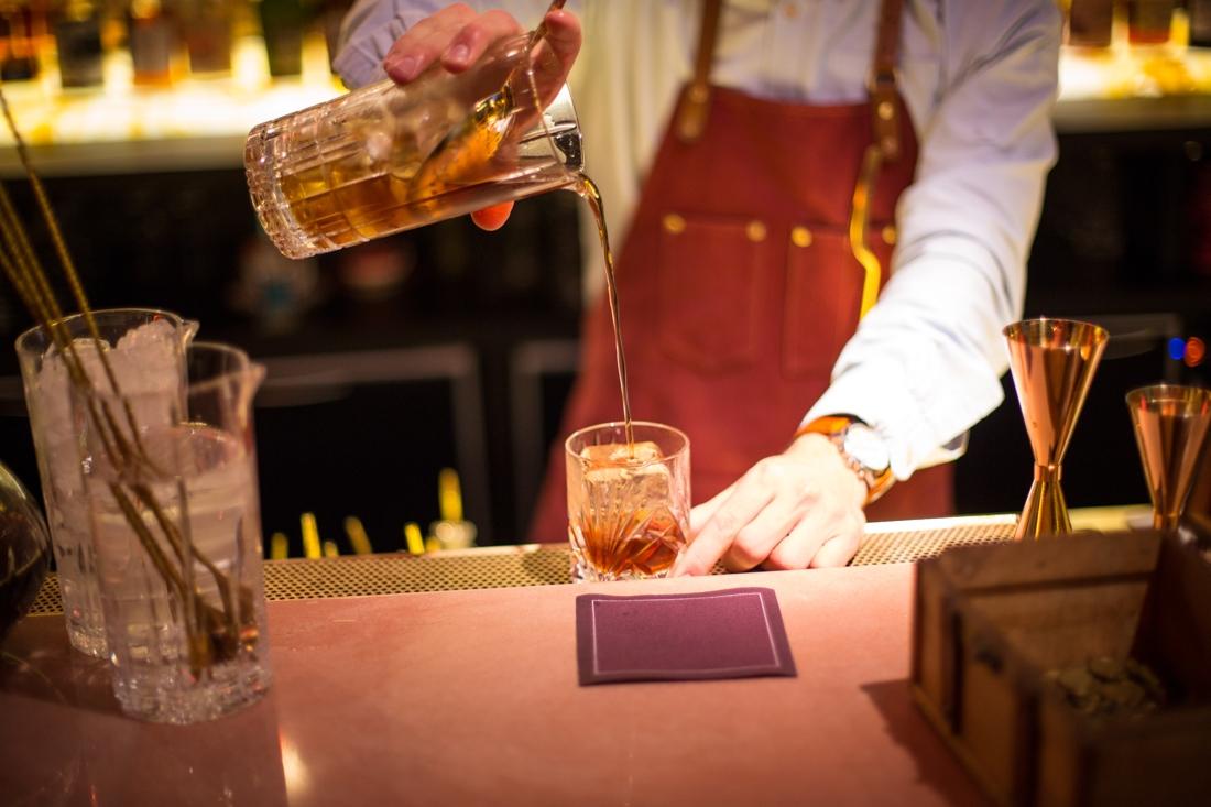 Cocktails In Brugge En Kortrijk: Gepolijste Drankjes In Chique Sferen photo