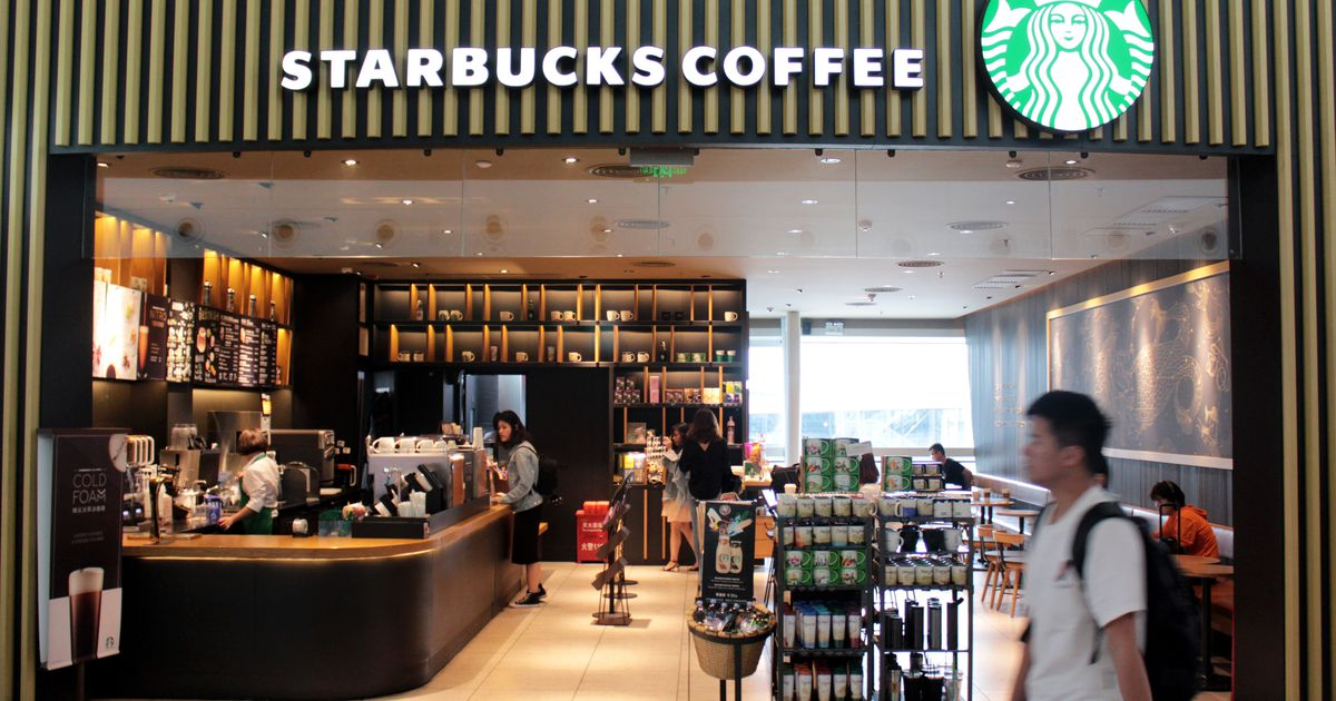 New Starbucks Policy: You Don't Need To Buy Their Coffee To Sit Or Use The Bathroom photo