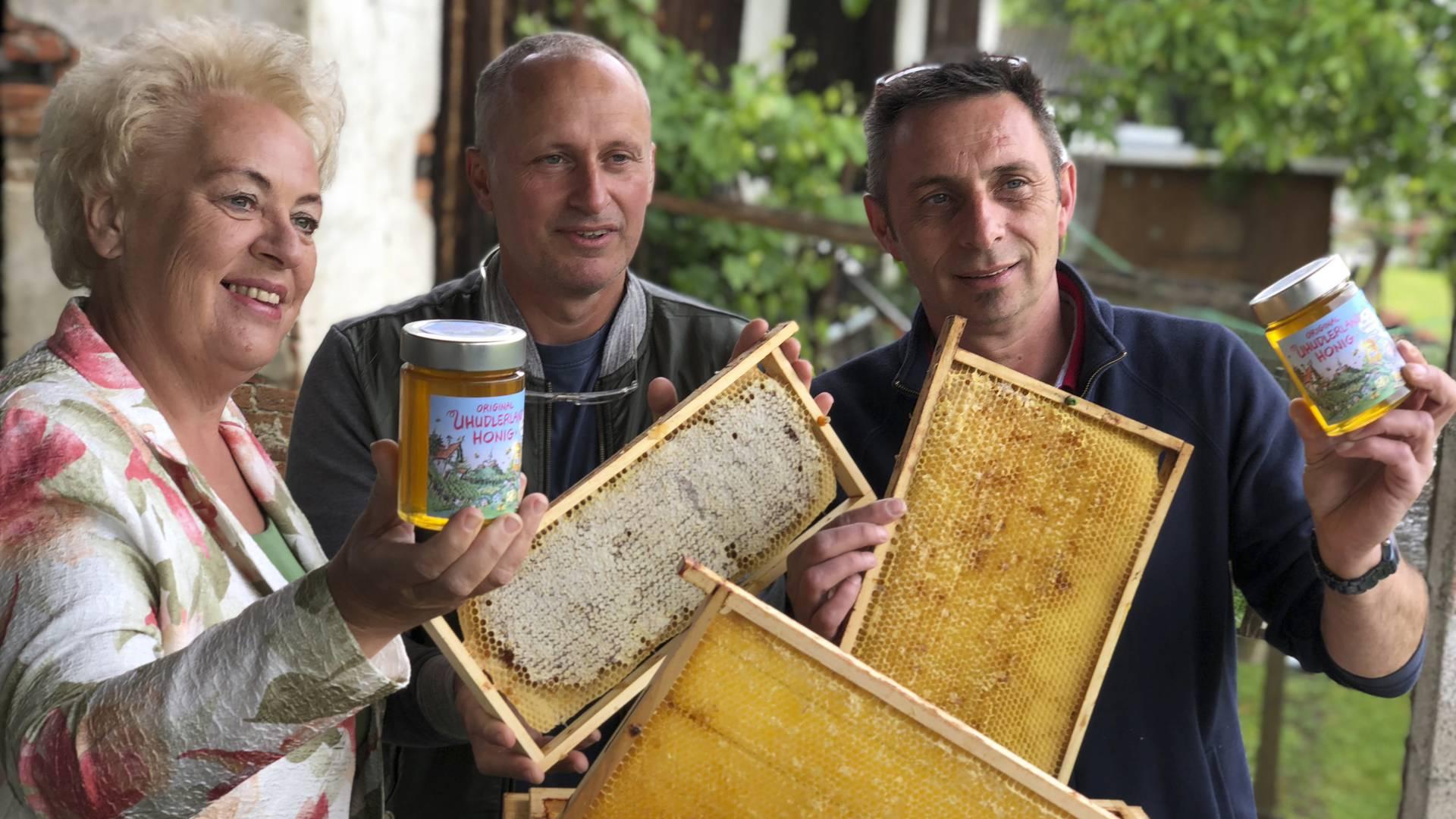 Bier Und Honig Aus Uhudler photo