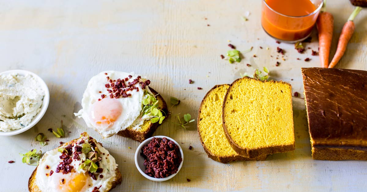 Carrot Bread With Fried Eggs photo