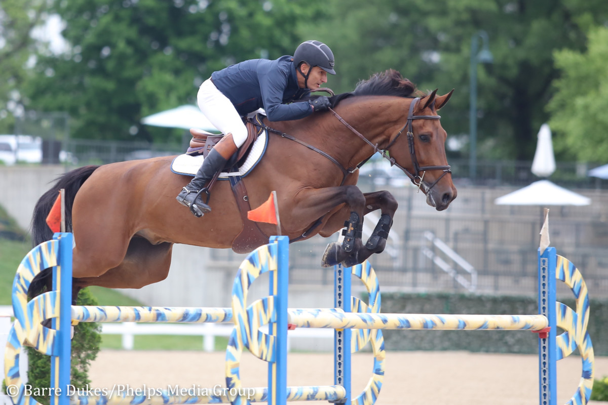 Fabio Leivas Da Costa Goes One-two In $5,000 1.45m Open Jumper At Kentucky Spring Classic photo