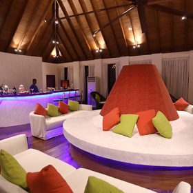 Maldives Welcomes First Dedicated Gin Bar photo