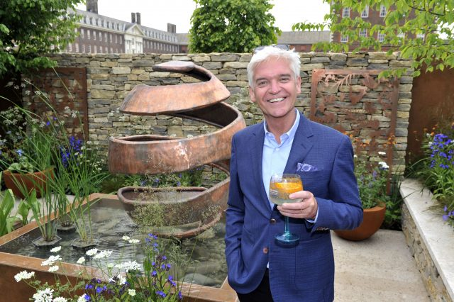 Four Gardens Inspired By Drinks At The Rhs Chelsea Flower Show photo