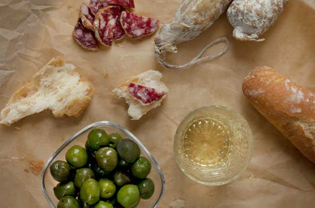 The Spanish Tapas And Wine Pairing Guide photo