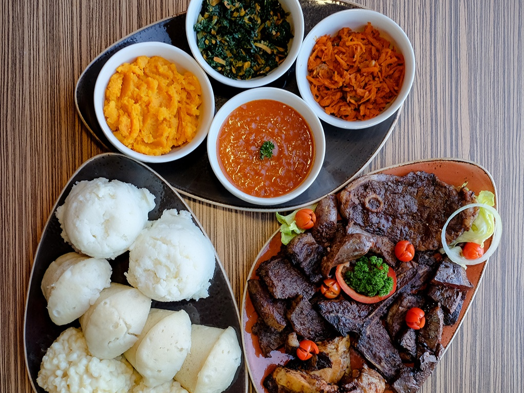 5 Great 7 Colours Sunday Lunches In Joburg photo
