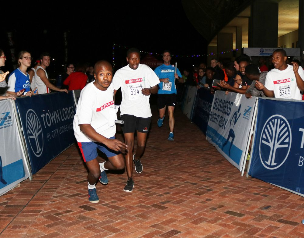 Night Relay Returns To Nelson Mandela Bay Stadium photo
