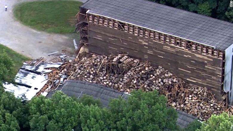 9,000 barrels of bourbon fall in Kentucky distillery building collapse photo
