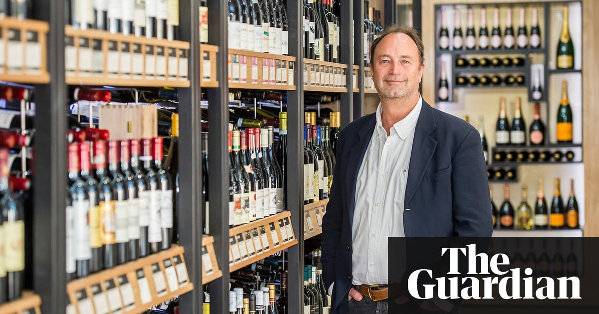 British Consumers Develop Taste For East European Wines photo