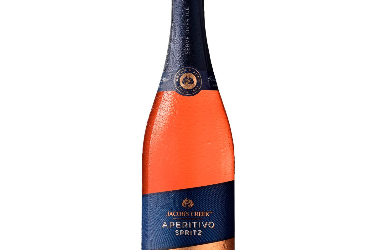 Jacob's Creek Takes On Aperol With A New Pre-made Prosecco Spritz Cocktail photo