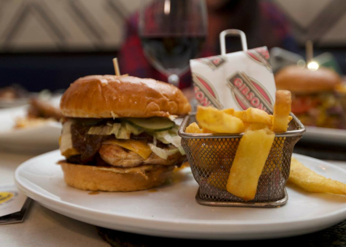 Gibson's Introduces New 160g Value Burgers With Killer Lunch Time Special photo