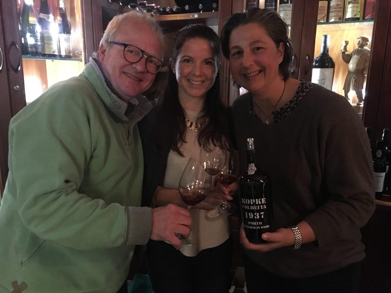 Leading SA winemakers get a rare taste of Douro wines photo