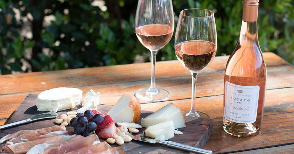 17 Napa And Sonoma Wineries That Are Perfect For Picnicking photo