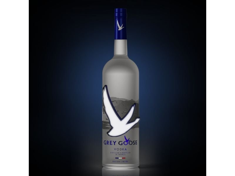 Glowing Goose Makes Vodka Stand Out photo