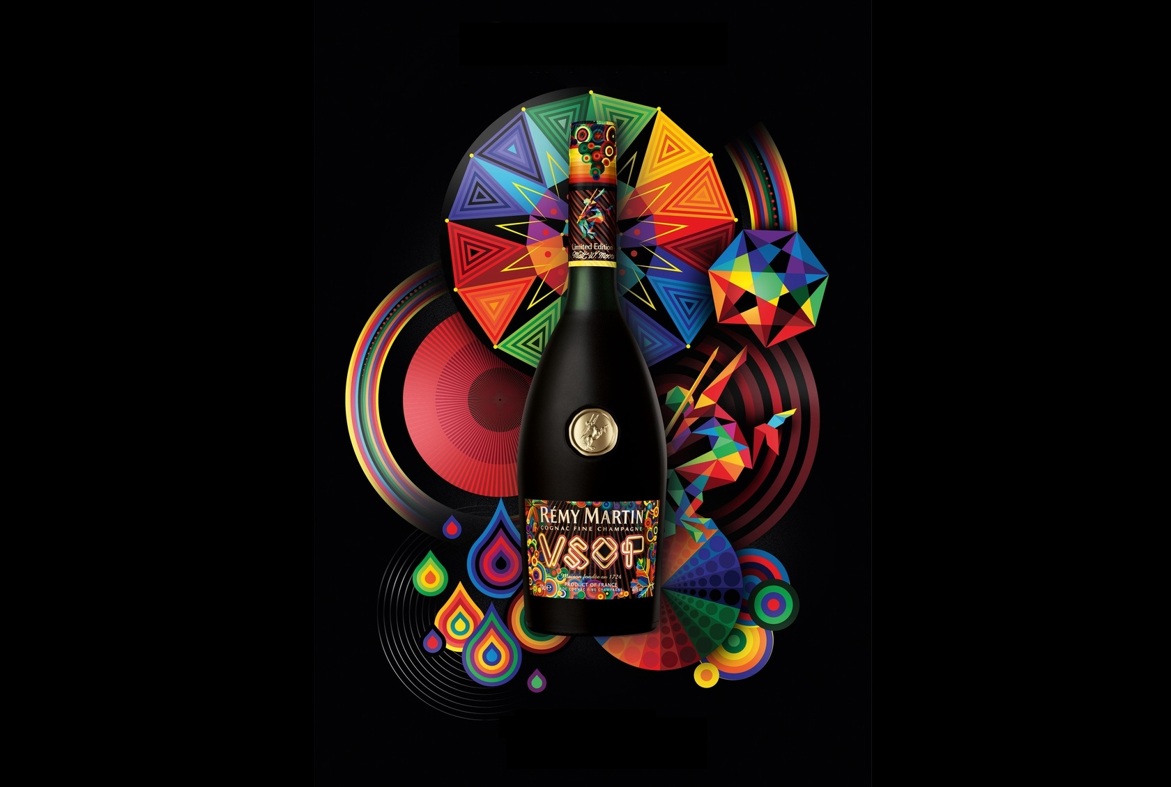 """Remy Martin Collaborated With A """"vectorfunk"""" Artist photo"""